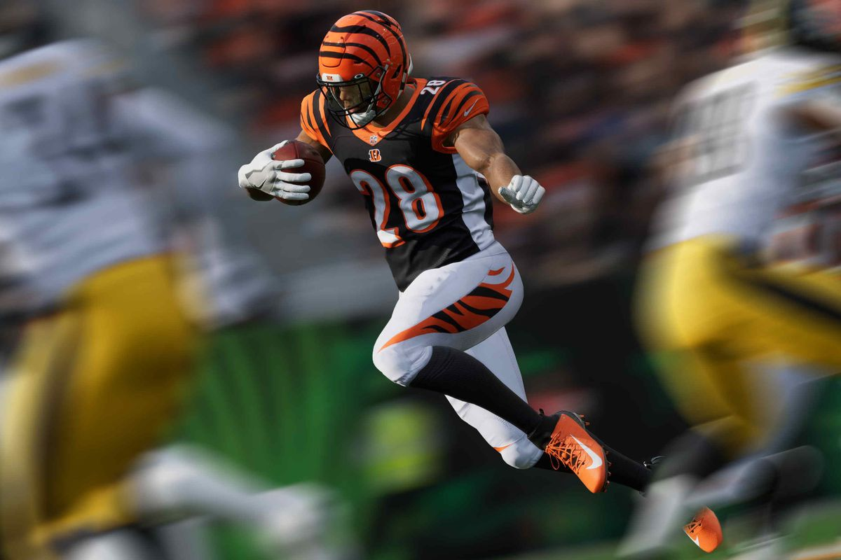 Bengals running back Joe Mixon in Madden NFL 21 on PS5/Xbox Series X