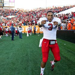 Vernon Adams celebrates Eastern Washington's stunning win over Oregon State