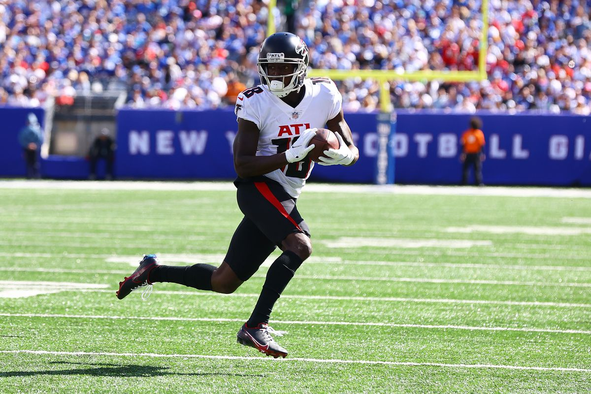 Calvin Ridley of the Atlanta Falcons in action against the New York Giants at MetLife Stadium on September 26, 2021 in East Rutherford, New Jersey.Atlanta Falcons defeated the New York Giants 17-14.