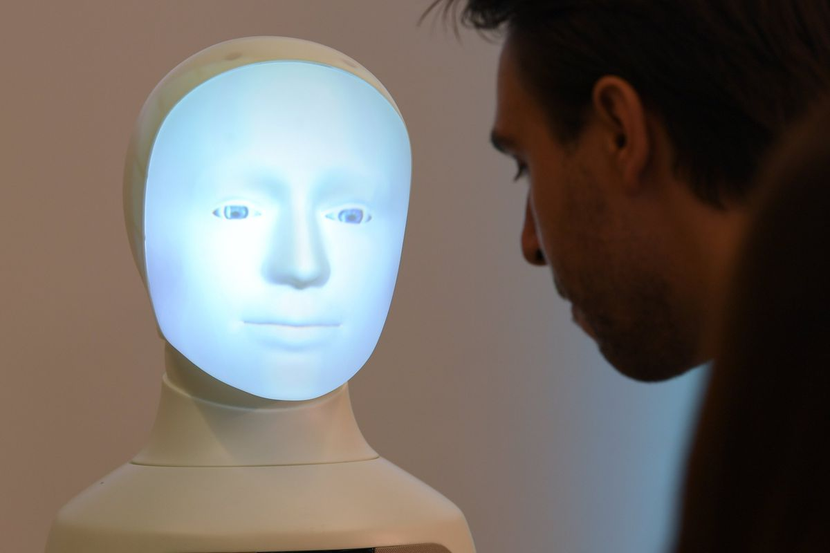 Presentation Hessian Center for Artificial Intelligence
