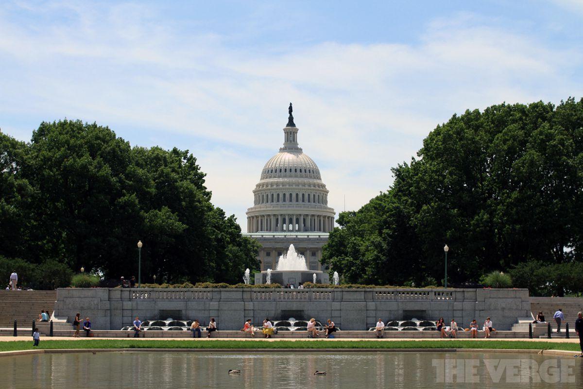 Senate votes down USA Freedom Act, putting bulk ...