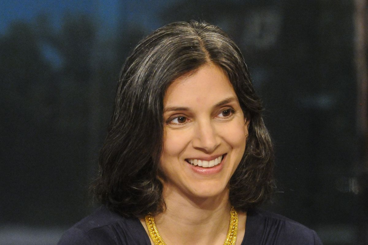 Times books editor Radhika Jones to be next Vanity Fair editor?