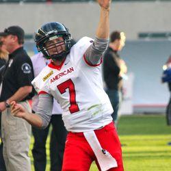 Hawaii's Sean Schroeder had a game-high 138 yards.