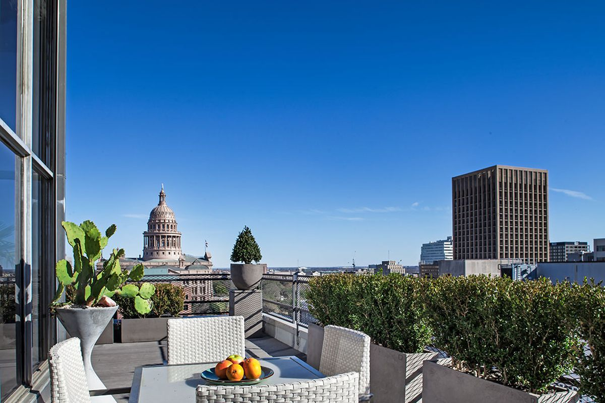 View from a pentouse terrace toward Capitol Building