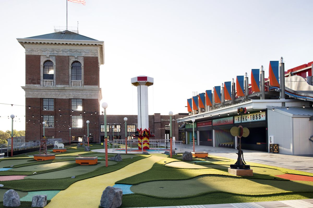 The Roof at Ponce City Market includes classic carnival games, a full service restaurant and bar, and cocktail bar in the building's tower.