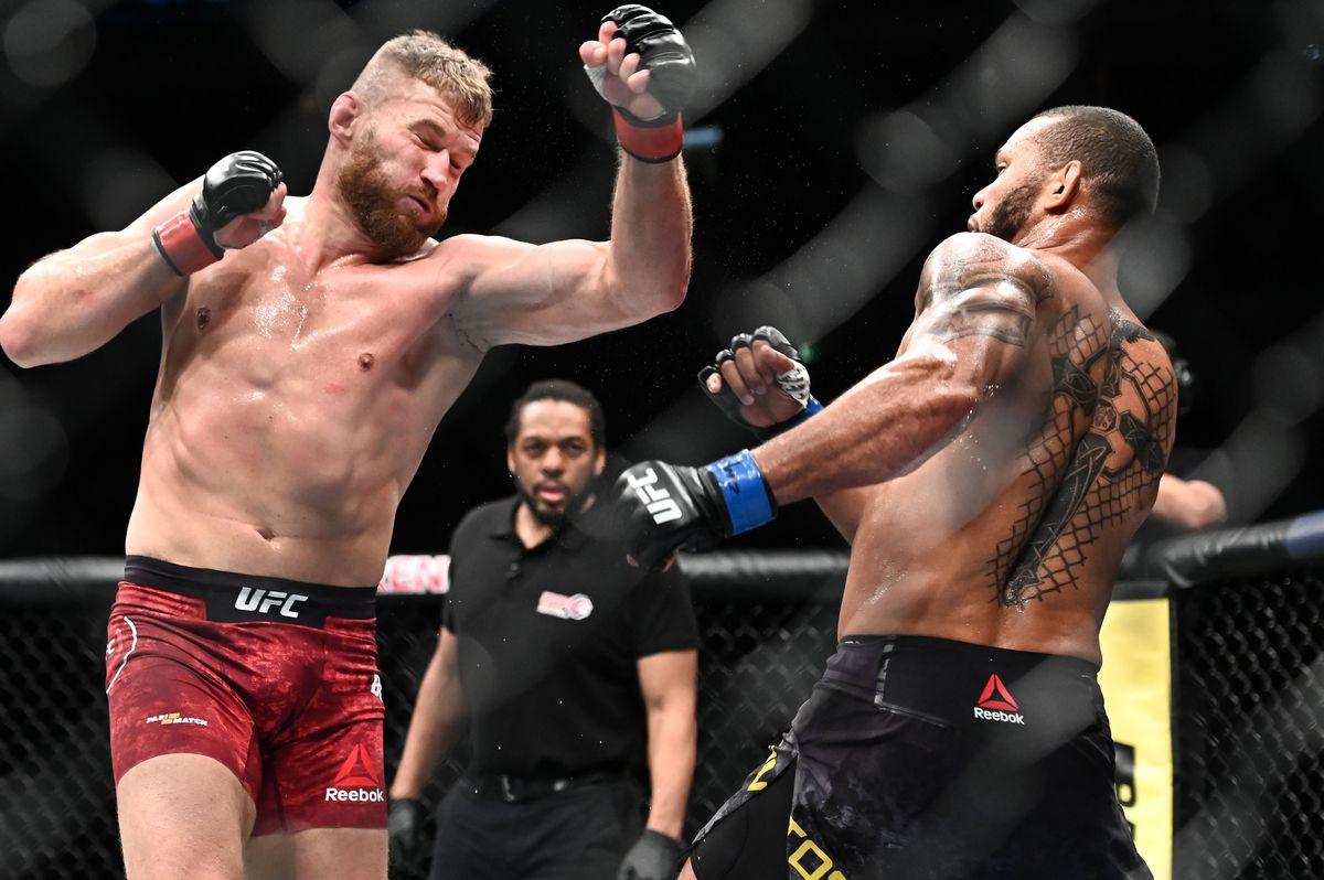 MMA: UFC Fight Night-Prague-Blachowicz vs Santos