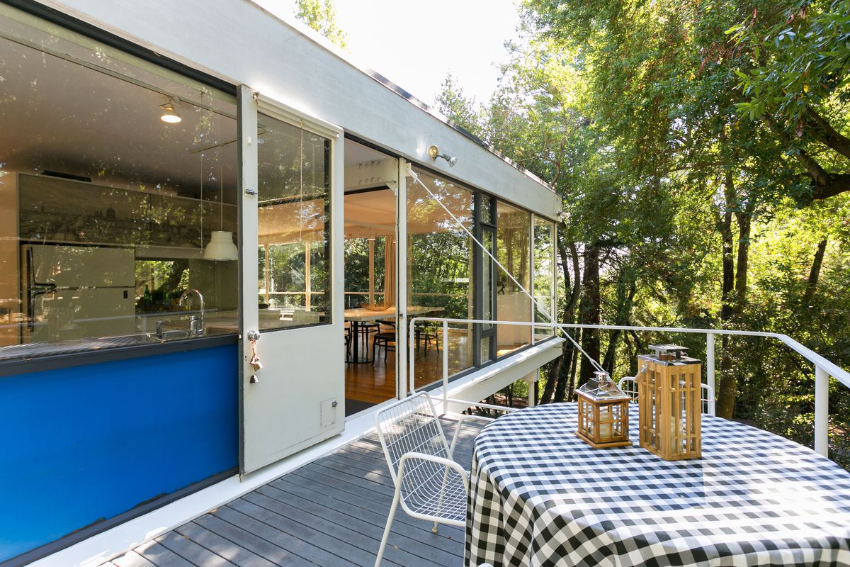 Midcentury Modern Masterpiece On Market For First Time