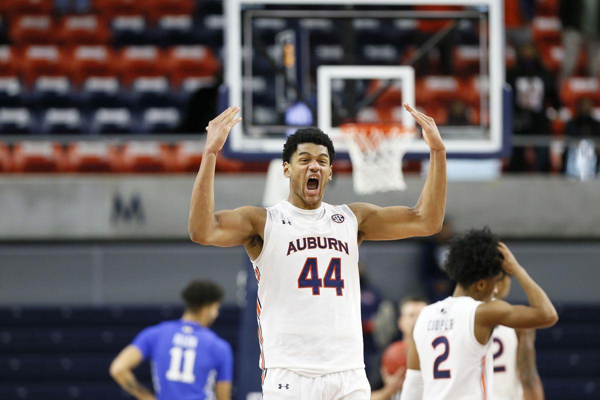 NCAA Basketball: Kentucky at Auburn