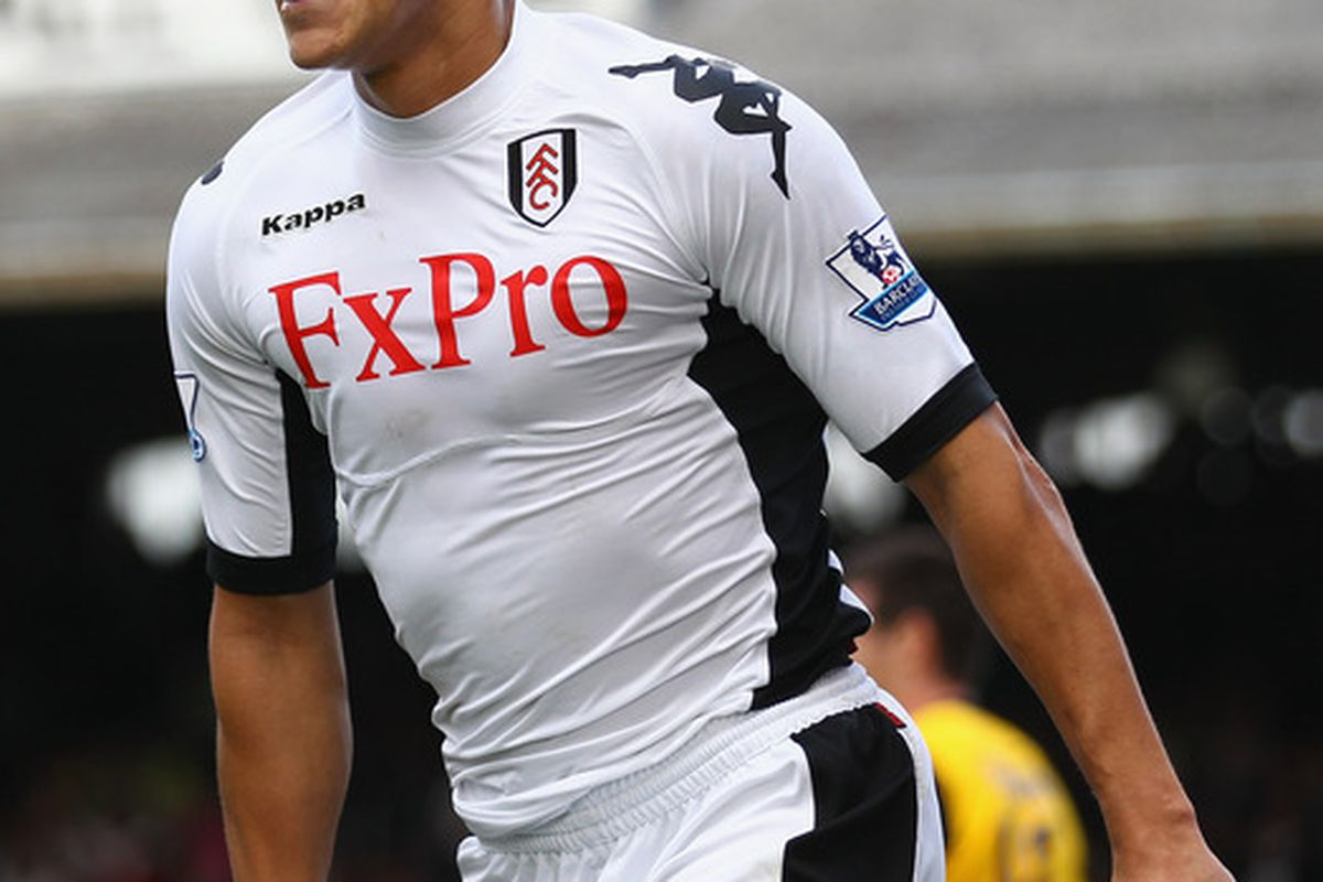 LONDON, ENGLAND - SEPTEMBER 11:  Bobby Zamora of Fulham celebrates his goal during the Barclays Premier League match between Fulham and Blackburn Rovers at Craven Cottage on September 11, 2011 in London, England.  (Photo by Clive Mason/Getty Images)