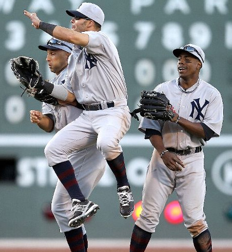 hot sale online 15381 7e62d Is it time for the Yankees to change their uniforms ...