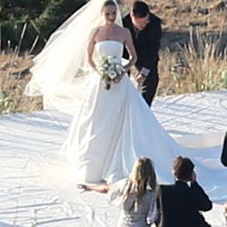 Kate Bosworth wore Oscar de la Renta to her intimate outdoor wedding to Michael Polish on August 31st, 2013.