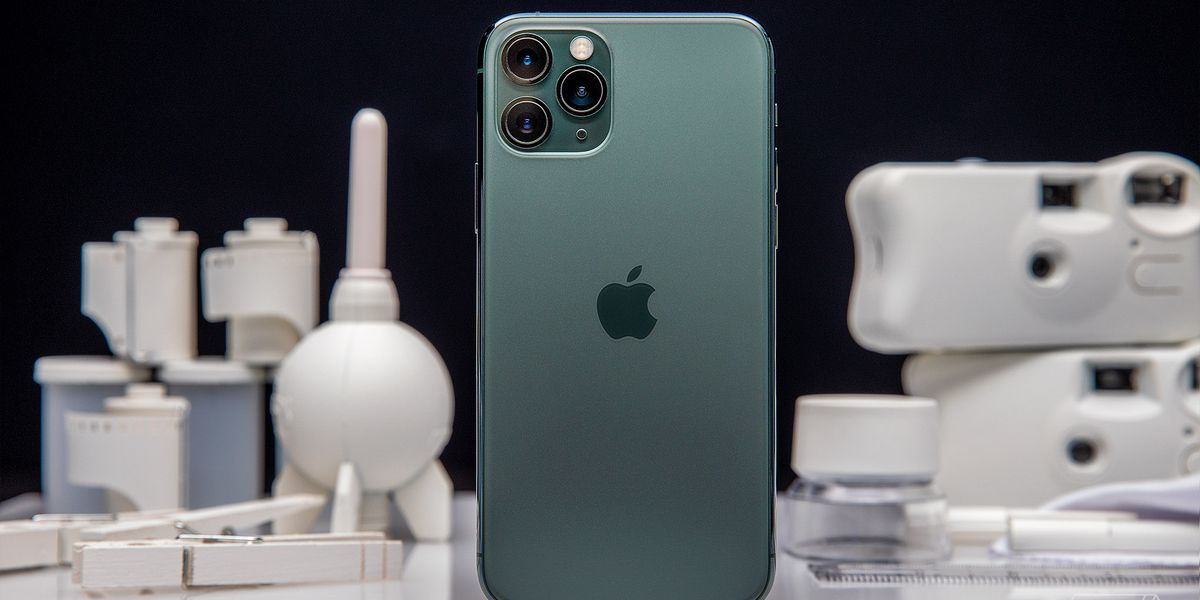 Apple Iphone 11 Pro And Pro Max Review Great Battery Life Screen And Camera The Verge