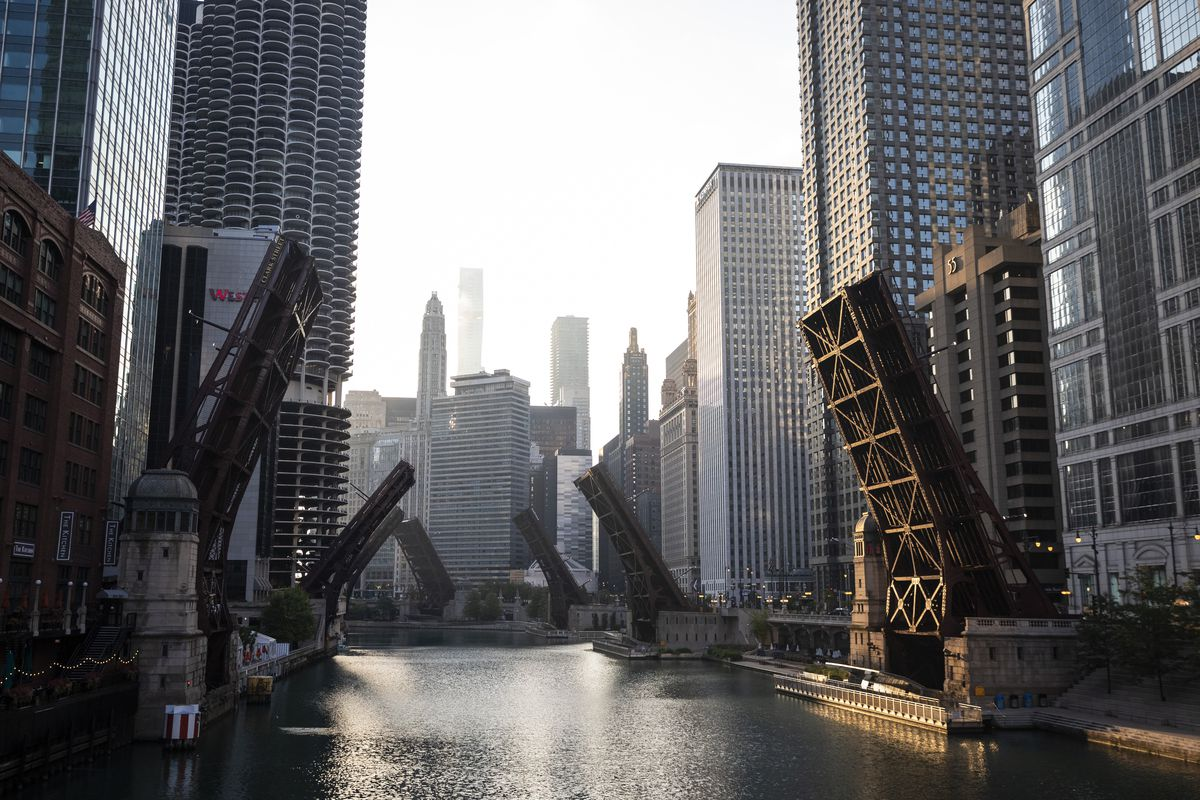 Bridges over the Chicago River on Aug. 9, 2020.
