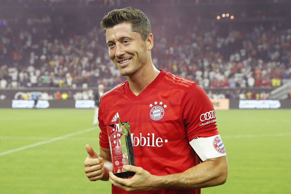 Daily Schmankerl: Bayern Munich star Robert Lewandowski looking for a new  challenge?; Marco Rose told to plan with Erling Haaland; Real Madrid  looking at Mo Salah; Tanner Tessmann to Venezia FC; and