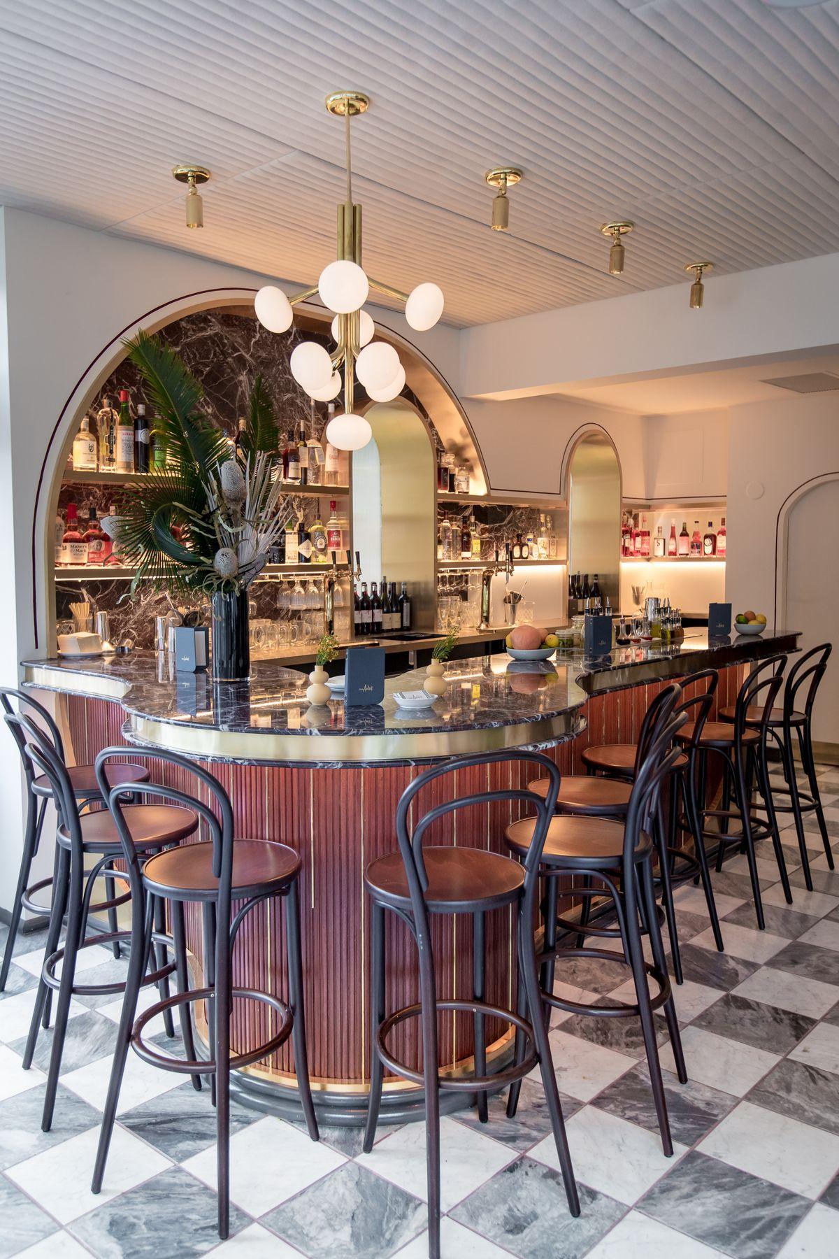Don Angie's bar