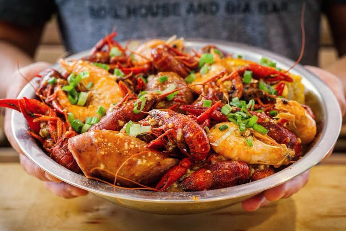 San Antonio Seafood Restaurant Pinch Pauses Austin