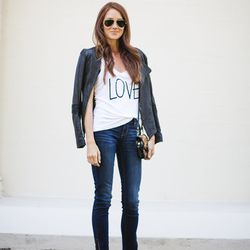 """Samantha of <a href=""""http://www.couldihavethat.com""""target=""""_blank""""> Could I Have That?</a> is wearing <a href=""""http://oldnavy.gap.com/browse/product.do?cid=85732&vid=1&pid=647135002&tid=onsm000590#close""""target=""""_blank""""> Old Navy</a> jeans and tank, <a hre"""