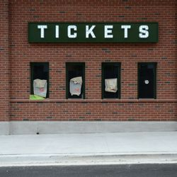 Mon 4:57 p.m. Another view of the new ticket booth on Waveland -
