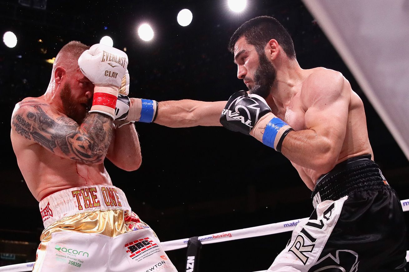 1046809320.jpg.0 - Beterbiev-Kalajdzic, Ancajas-Funai set for May 4