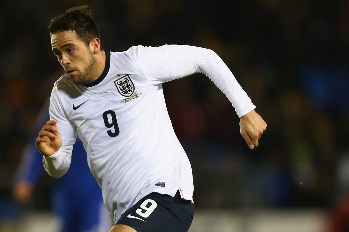 Danny Ings in action for England U21s.