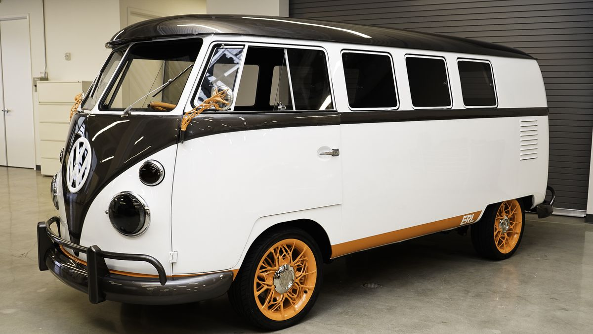 Volkswagen Type 2 >> Vw S Type 20 Is An Electrified Dream Of Its Iconic Campervan