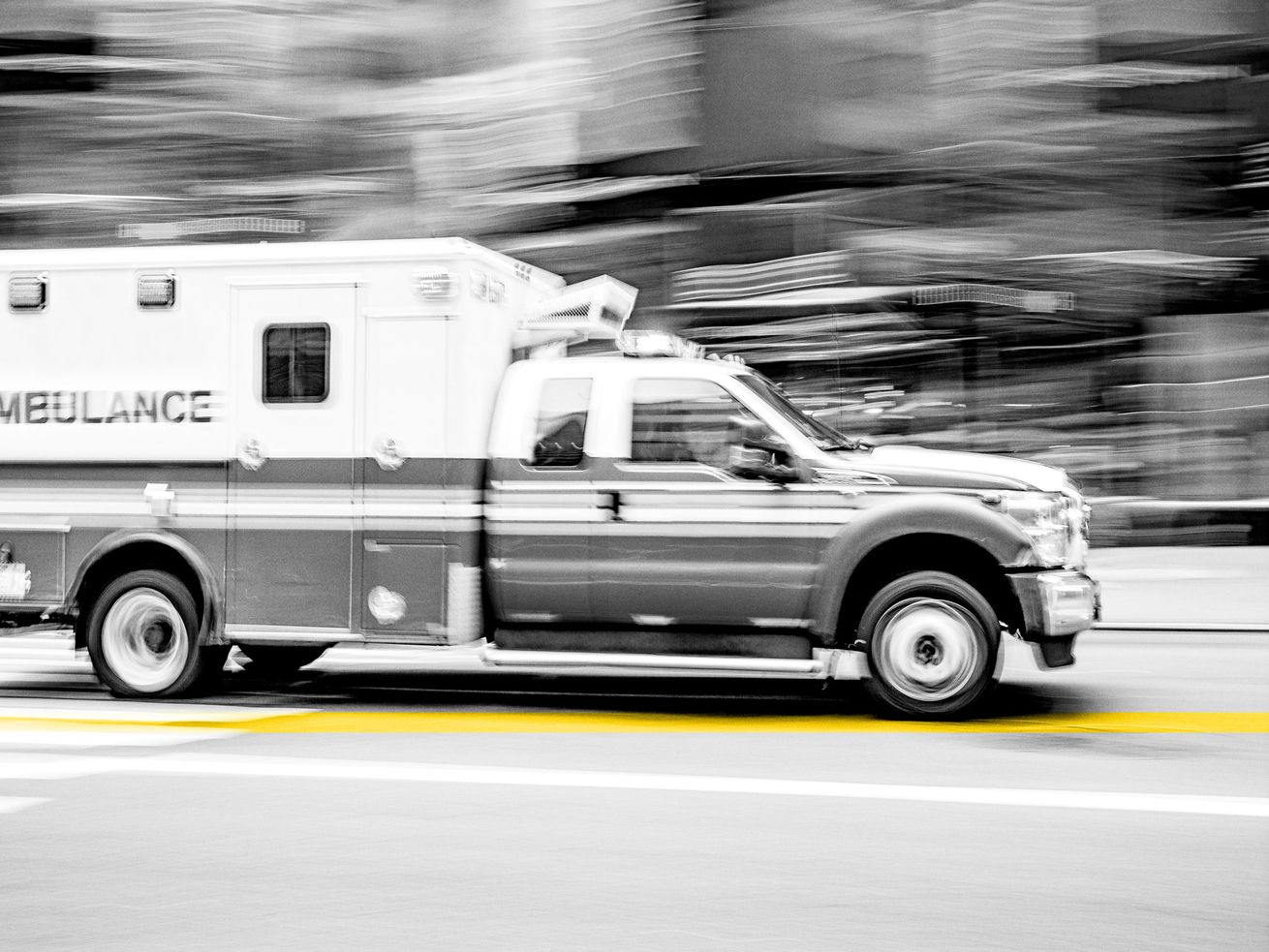 One killed in near head-on collision in Sevier County