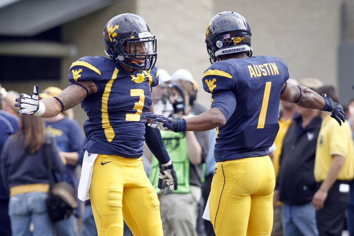 dffcaf16771 Dear NFL, Change The Uniform Number Rule - Turf Show Times