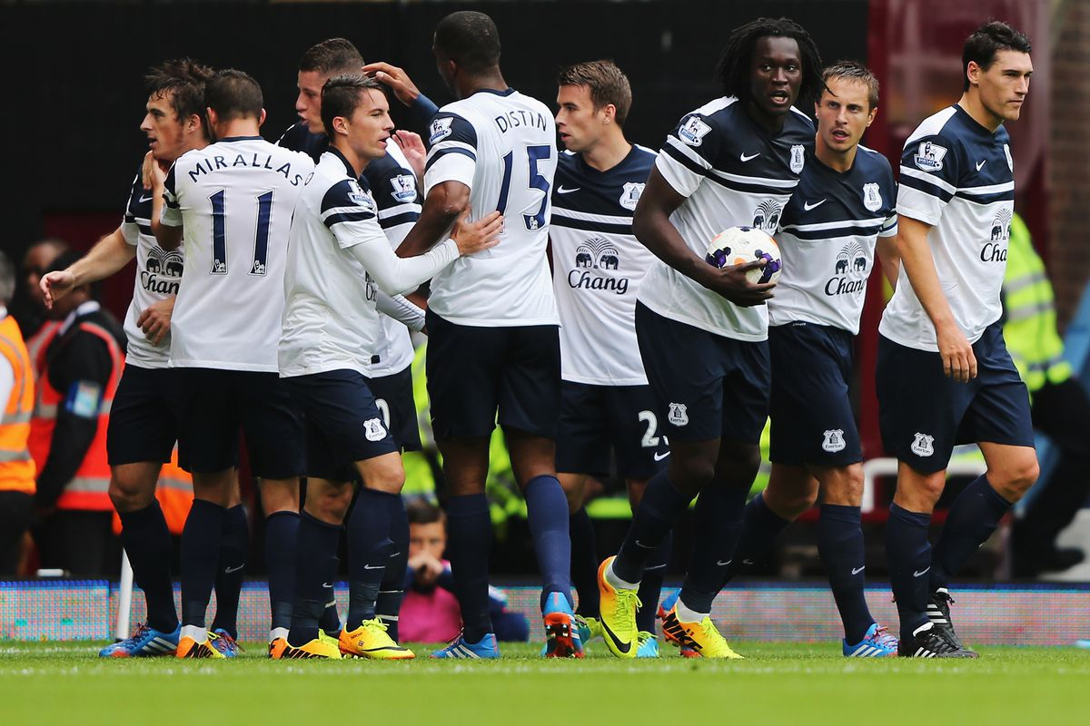 Everton will take on Crystal Palace looking to banish the disappointment of the draw with Tottenham.