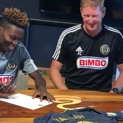 Daniel Yallah signing a one-day contract with the Philadelphia Union in September 2019