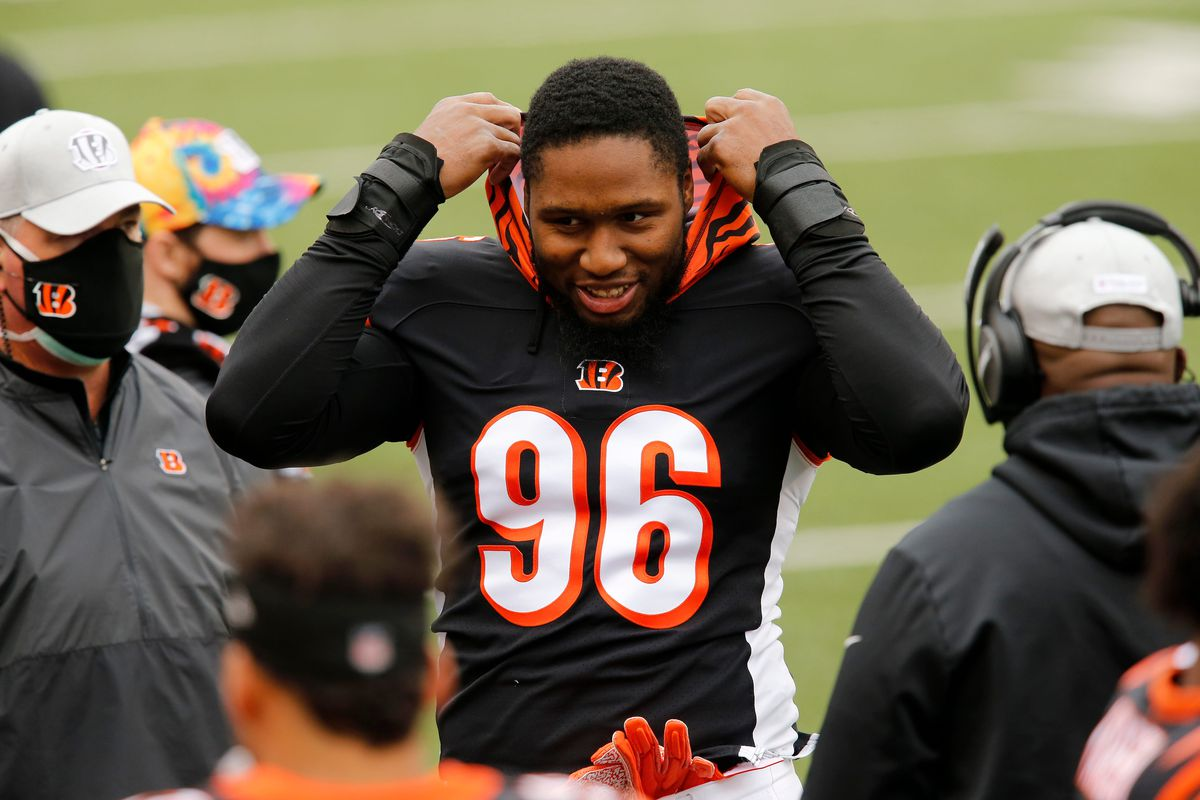 Cincinnati Bengals defensive end Carlos Dunlap (96) starts the game as a backup in the first quarter of the NFL Week 7 game between the Cincinnati Bengals and the Cleveland Browns at Paul Brown Stadium in downtown Cincinnati on Sunday, Oct. 25, 2020.