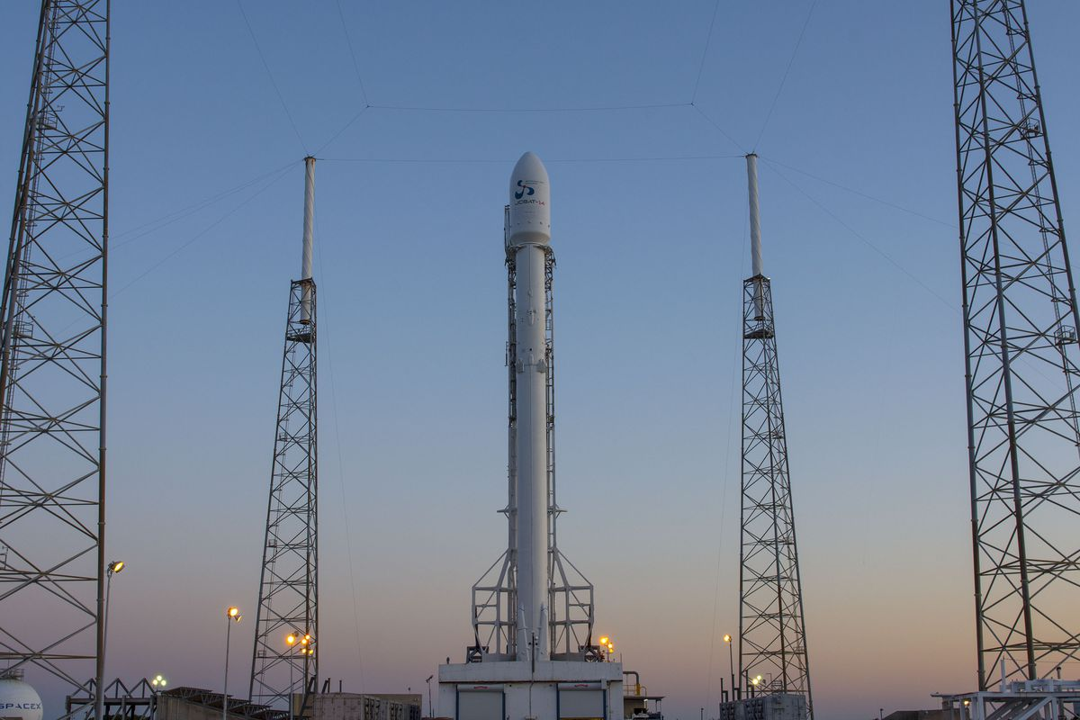 Spacex S Plan To Fuel Rockets With People On Board Has