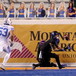 Boise State Broncos wide receiver Khalil Shakir (2) makes a catch for a touchdown as BYU and Boise State play a college football game at Albertsons Stadium in Boise on Friday, Nov. 6, 2020.