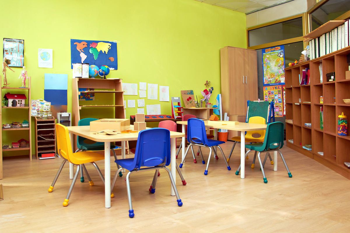 Parents likely won't have the option of paying a fee to enroll their child in public extended-day kindergarten after the Utah Senate denied a proposal to do just that.