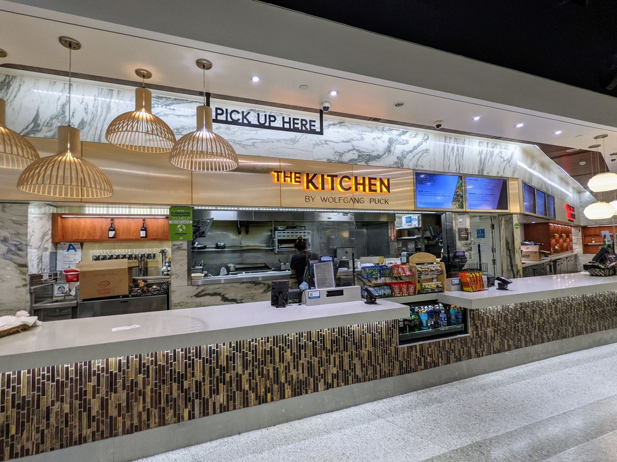 The Kitchen by Wolfgang Puck at LAX