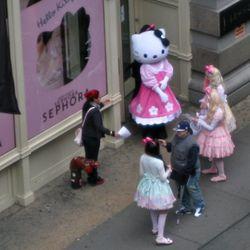 Kitty cuteness on Broadway in Soho.
