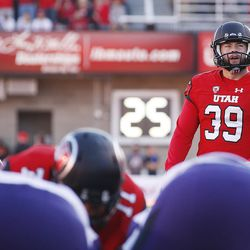 Utah place-kicker Andy Phillips lines up an extra point try in Salt Lake City on Saturday, Oct. 29, 2016. Washington won 31-24.