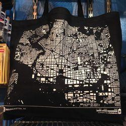 "D.C. tote bag, $24.99 at <a href=""http://www.homerule.com"">HomeRule</a>"