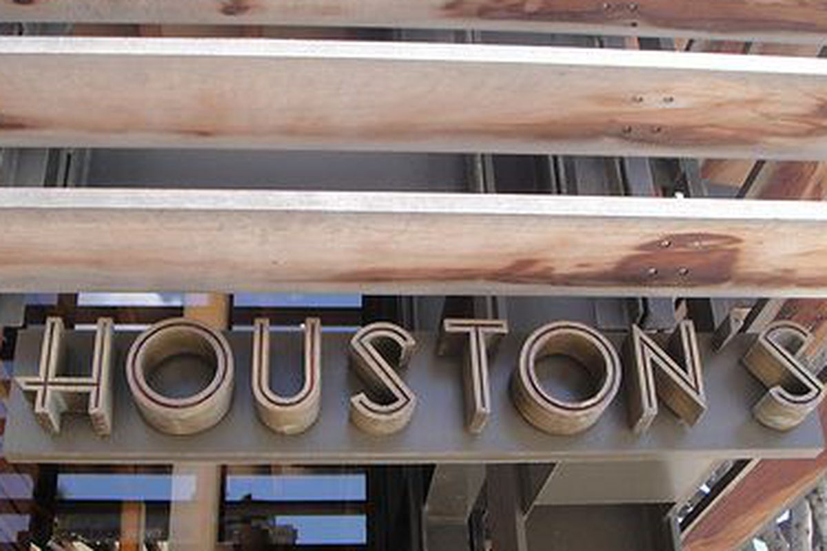 Houston's Santa Monica location.
