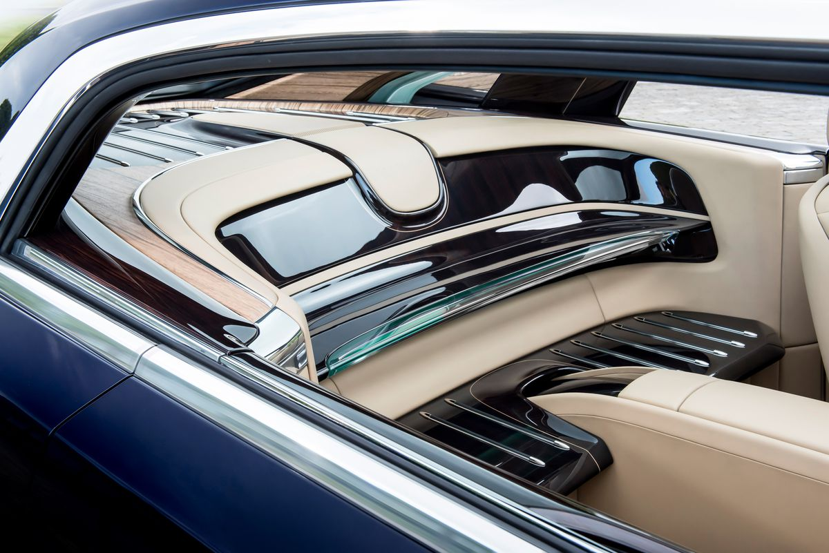 Rolls Royce Custom Built This Gorgeous Coupe For A Mystery