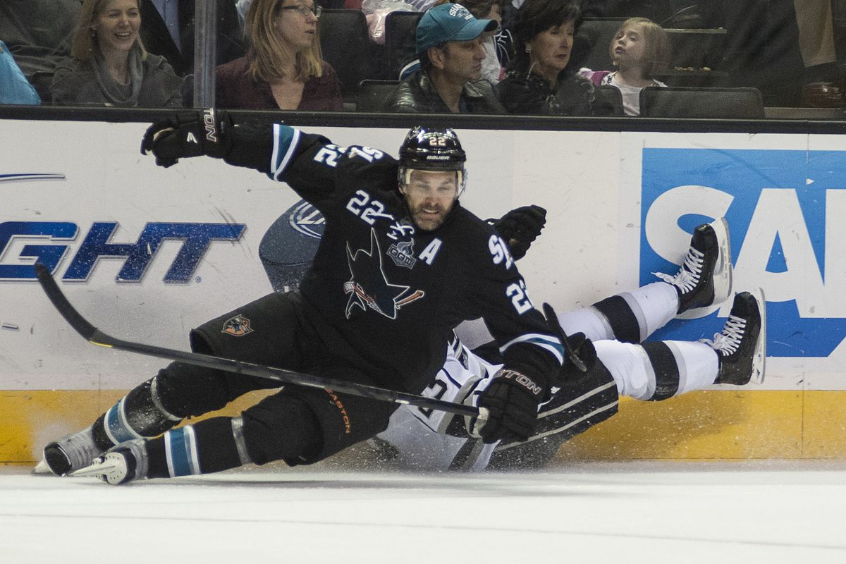 Yeah, that's Dustin Brown back there. On his back.