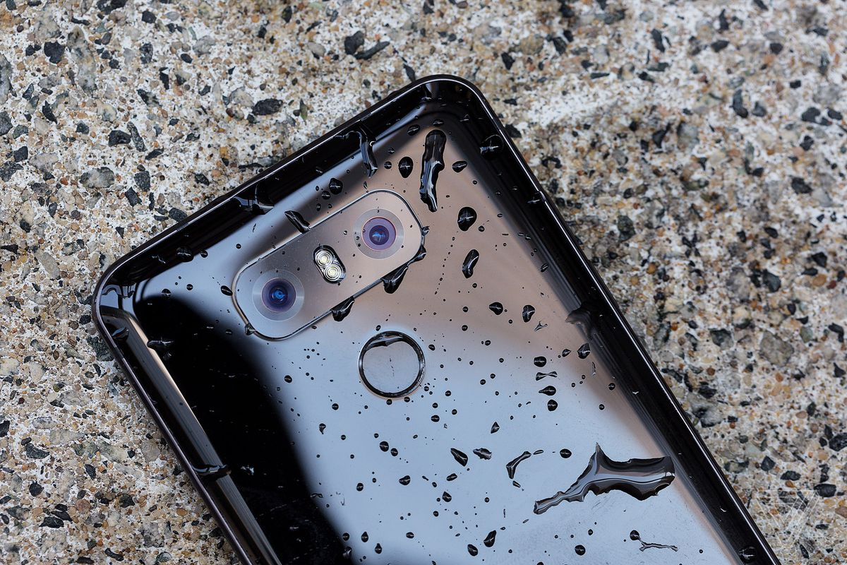 LG is extending the G6's warranty to two years - The Verge
