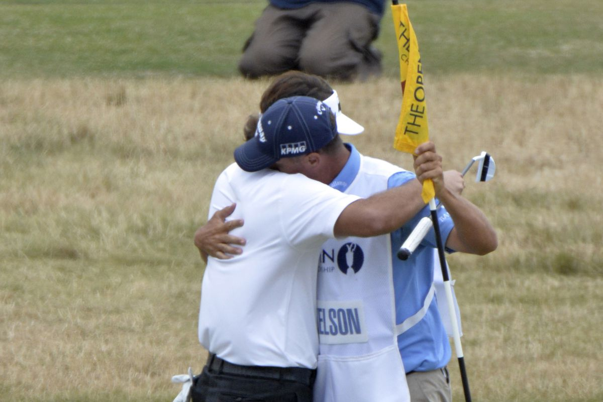phil mickelson celebrates after closing out the british