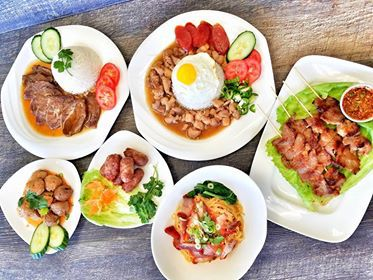 Food at Kor Tor Mor