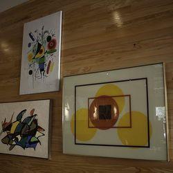 Artwork at Cantina Laredo.