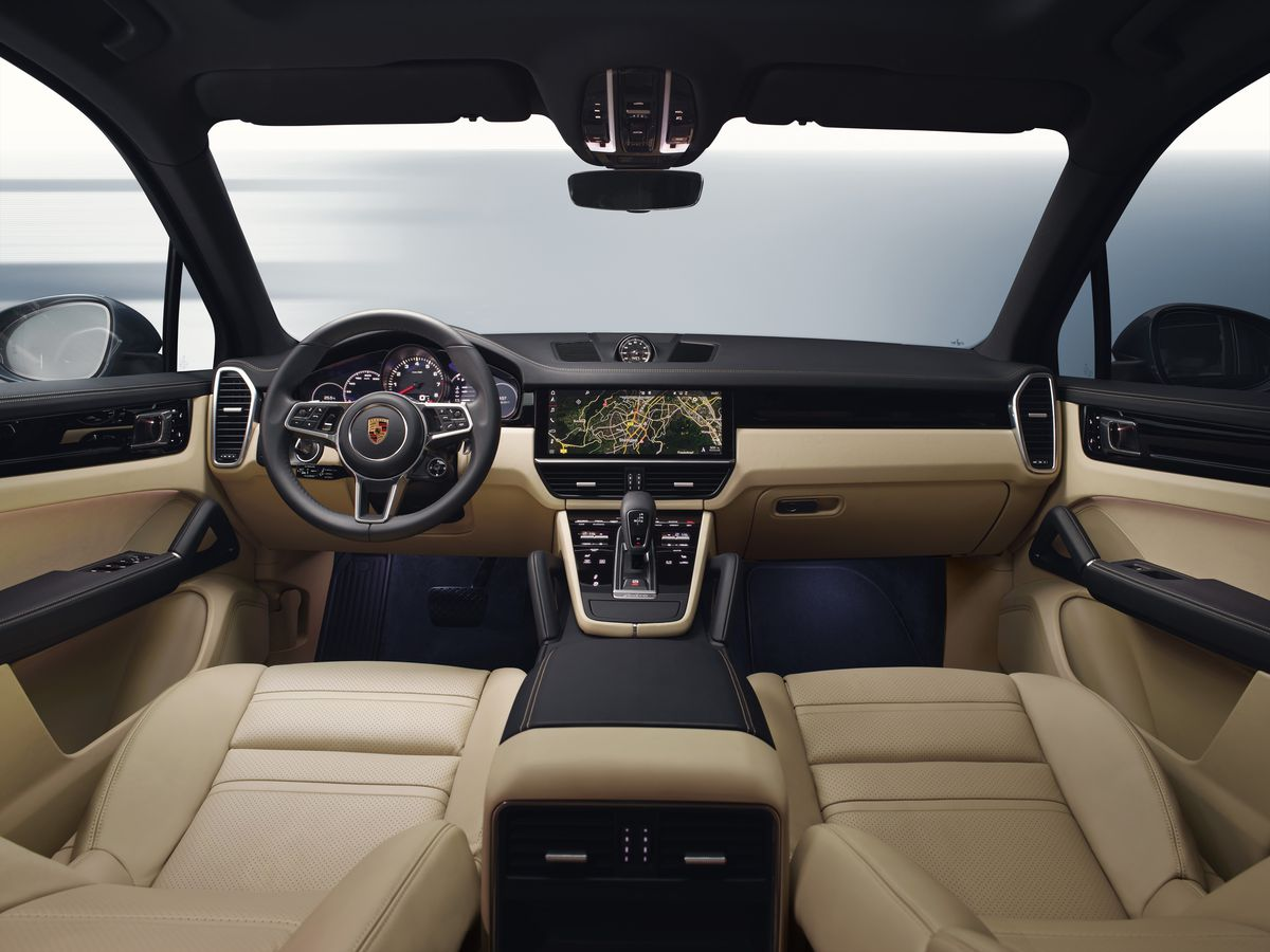 The 2019 Porsche Cayenne Has A Familiar Face That Hides New Insides The Verge