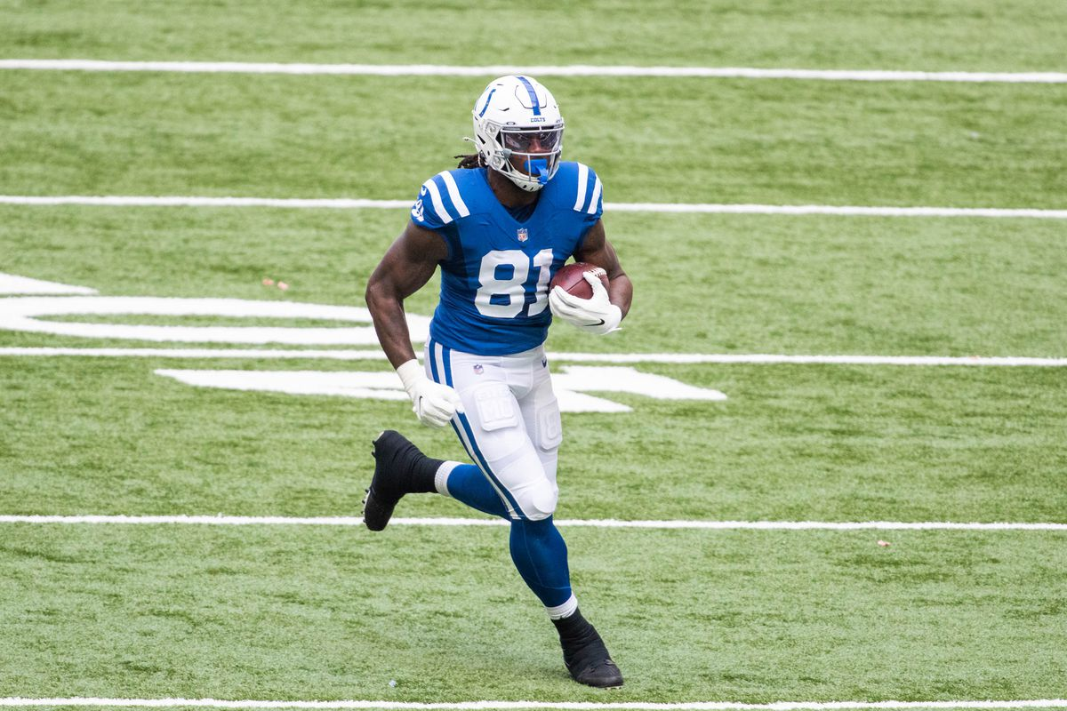 Fantasy football start/sit advice, Week 5: What to do with Mo Alie-Cox,  Jack Doyle vs. Browns - DraftKings Nation