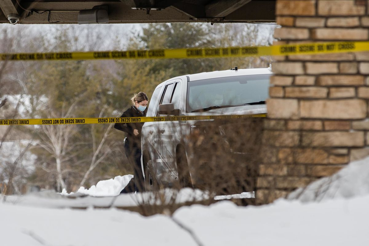 A police officer was arrested on Saturday morning at 250 W.  Shik walks in after a horrific shooting outside the Indian Lakes Hotel on the road.