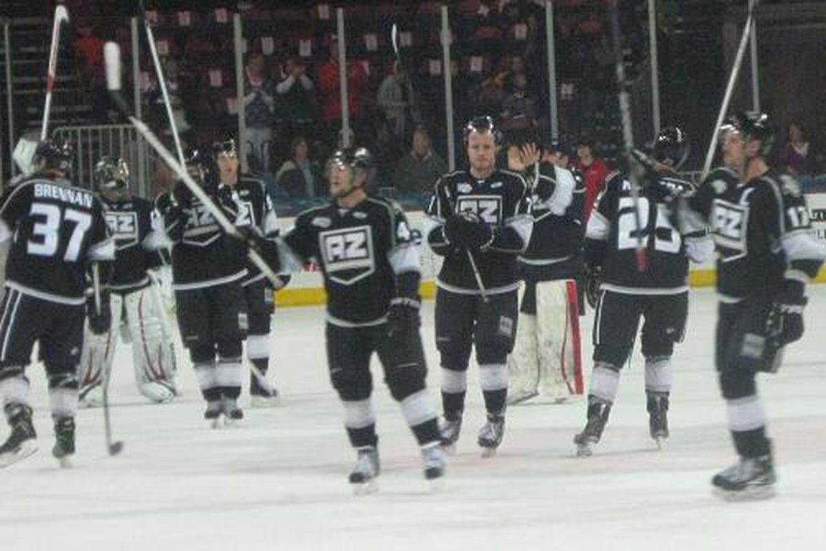 Arizona Sundogs salute their fans as the team heads into the playoffs