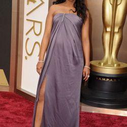 Kerry Washington in Jason Wu, giving us Angelina leg à la Oscars 2012.