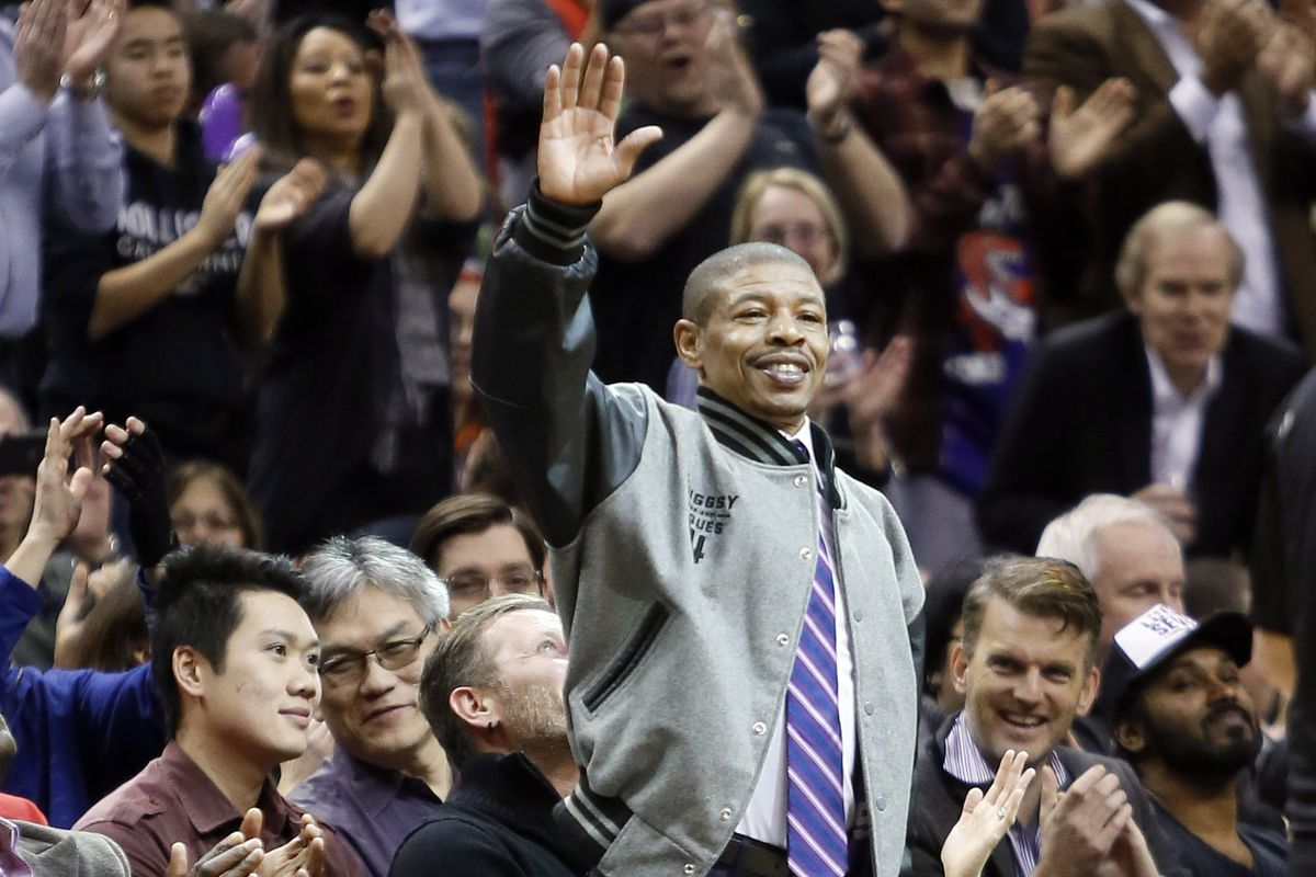 Should The Hornets Retire Muggsy Bogues 1 At The Hive